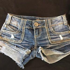 Almost Famous Jean Shorts Size 0 (XS) EUC
